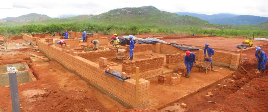 2_Manica Community Centre_building in progress