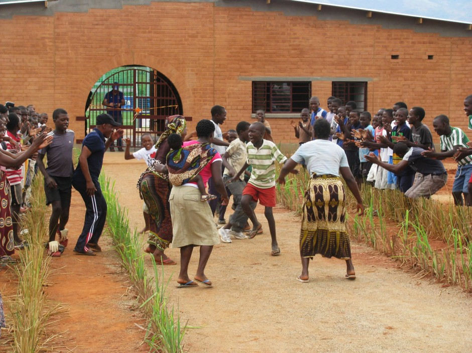 3_Manica Community Centre opening ceremony